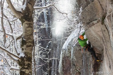 Peter Doucette on Cathedral Ledge
